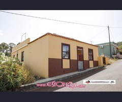 110/7     Magnífica casa en plena naturaleza con  terreno  en Puntagorda