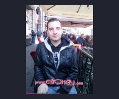 Recepcionista italiano con idiomas busca trabajo desde ya!