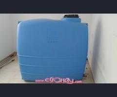 Vendo  TANQUE   DE  AGUA   DE  1000 litros   ( como nuevo )  y BOMBA  DE  AGUA