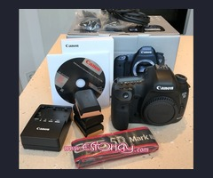 Canon EOS 5D Mark III  with EF 24-105mm f/4L IS II USM Lens