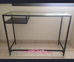 Mesa ikea negro-marrón, vidrio