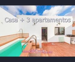 Casa + 3 apartamentos