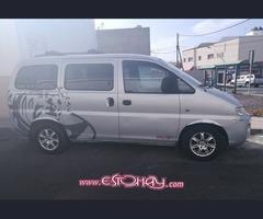 Hyundai H1 Van surf