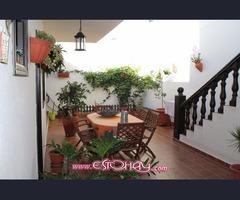 Bonita casa en el pueblo de San Bartolome