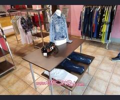 venta de mobiliario para tienda de ropa