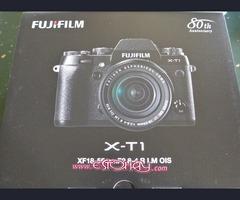 Fujifilm X-T1 / Sony Cyber-Shot / Panasonic Lumix DMC-GH4