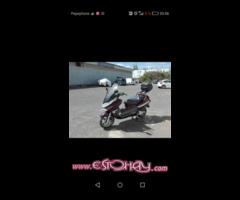 Piaggio-Vespa x8 200