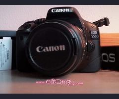 Canon 550D con objetivo 18-55 y 2 baterias
