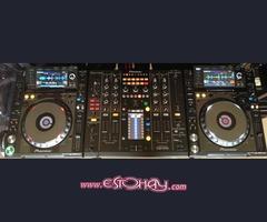 Pioneer 2 x cdj 2000 nexus + 1 Djm mixer 2000 nexus whatast me +919836884617