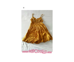 Vestido color ocra