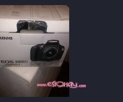 Cámara de fotos Canon 1100D
