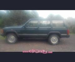 jeep cherokee jamboree 2.5I