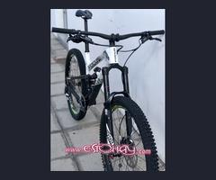bicicleta de enduro focus sam carbon pro 2018