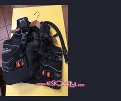 Se vende aletas, botas y chaleco para submarinismo