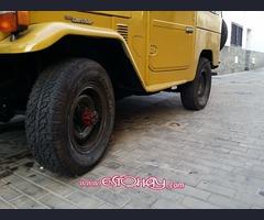 5 neumáticos 235/70/R16