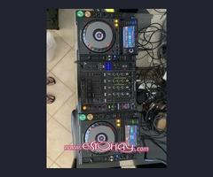 2x PIONEER  CDJ-2000 NEXUS,  + 1 PIONEER  DJM-900 NEXUS MIXER