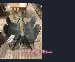 Mesa de cristal templado y 4 sillas