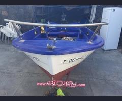 Vendo barco de 4 metros con motor de 25 caballos