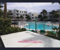 Apartamento urbanización con piscina Lanzamar