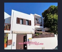 Amplio dúplex de 4 dormitorios y 3 baños con terraza en Playa Honda
