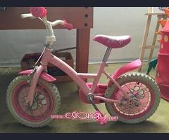 Bicicleta Hello Kitty para niña
